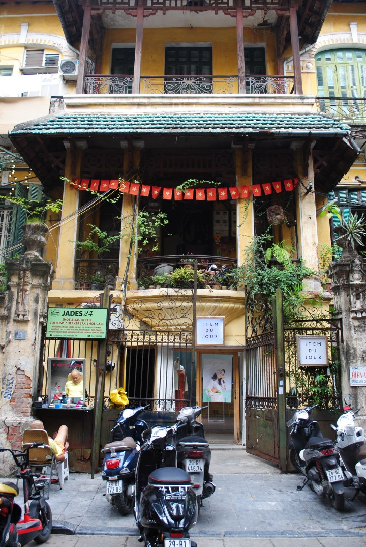 10 Free but Awesome Things to do in Hanoi
